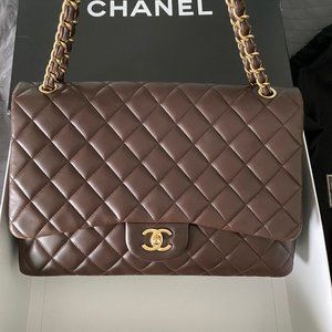 Chanel Classic Maxi in Brown (number 14th)